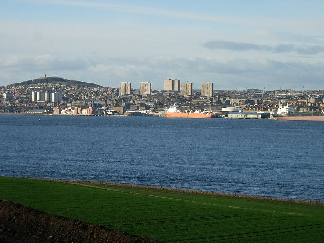 Dundee from the south of the Tay estuary