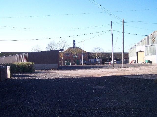 Court Farm,  Hindlip