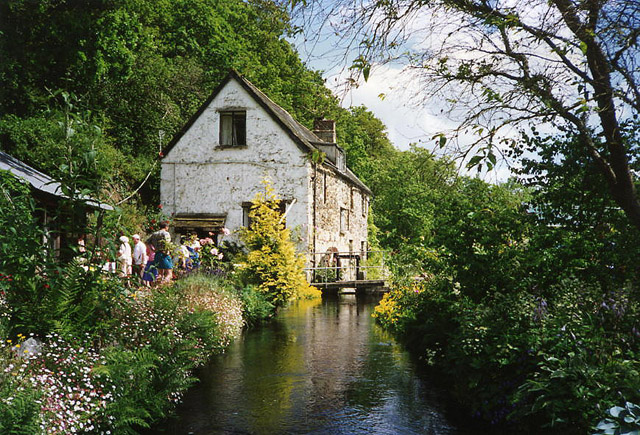 Dunsford: Sowton Mill and leat