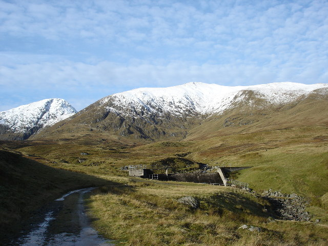 Small Hydro Dam on Lawers Burn