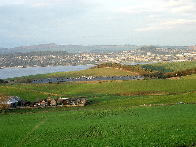 Dundee and the Tay estuary from Gauldry