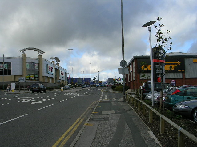 Junction 27 (M62) Retail Park