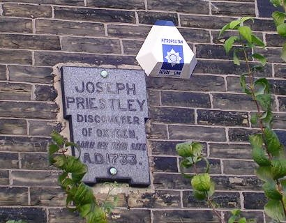 Plaque on Joseph Priestley birthplace