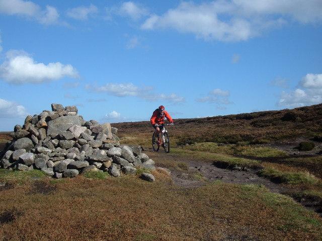 Summit of Cut Gate bridleway