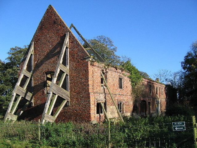 Watton Abbey - Barn