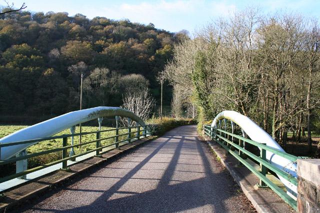 Tiverton: Iron Bridge