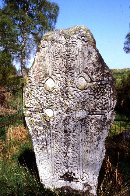 Kinord Cross-slab, Dinnet.