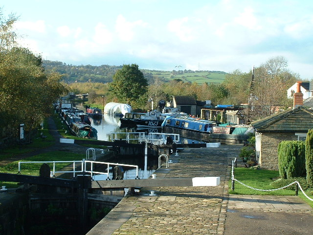 Shepley Bridge Lock, Calder and Hebble Navigation