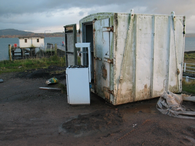 Abandoned cooker at Achnacroish, Isle of Lismore
