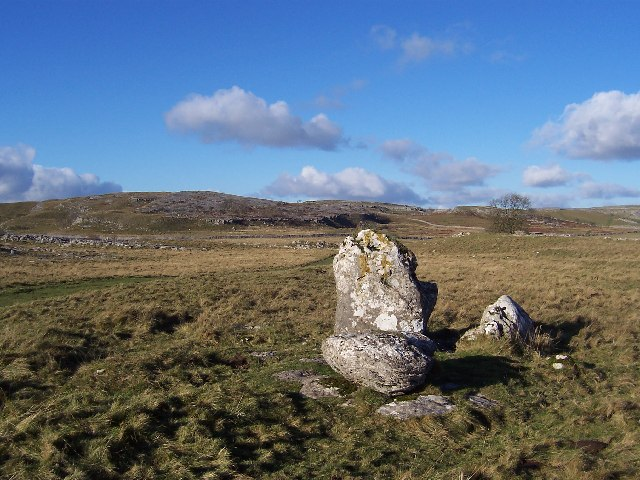 Erratics on Lea Green beside the Dales Way