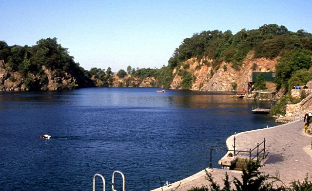 Stoney Cove national dive centre