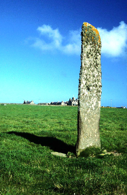 Holland House standing stone. North Ronaldsay.