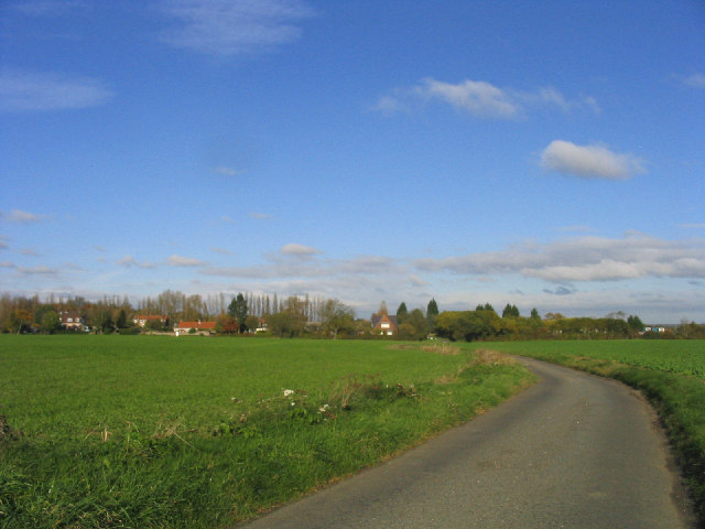 Unfenced road - near Writtle