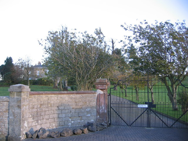 Private Entrance to Tarn Bank