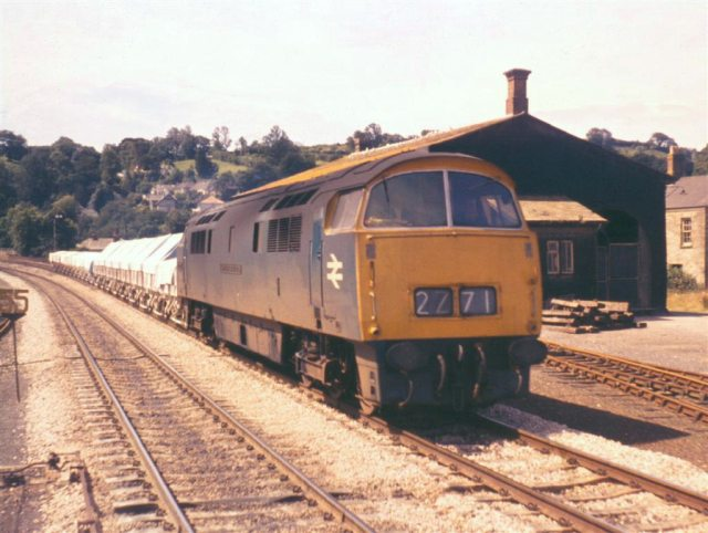 D1026 on China Clay 'Hood' wagons