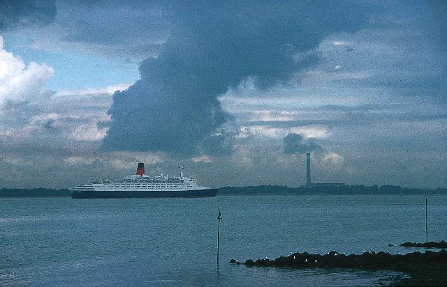 QE2 Sailing up the Solent towards Southampton