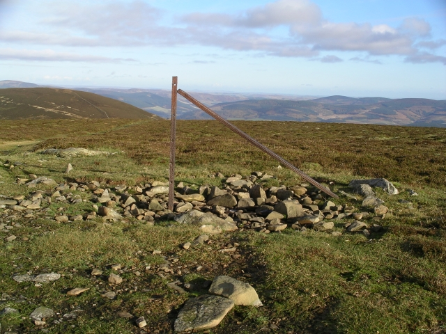 Fence post, summit of Stake Law