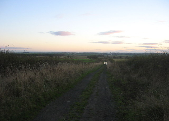 Footpath to Prestwick from the Berwick Hill road