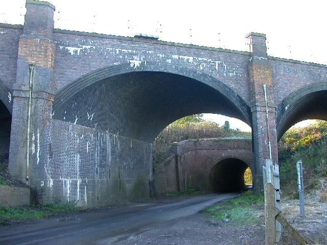 Brinklow: Smeaton Lane bridge and aqueduct