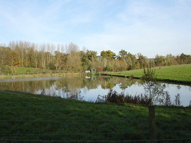 Fishing Lake, Caring Road