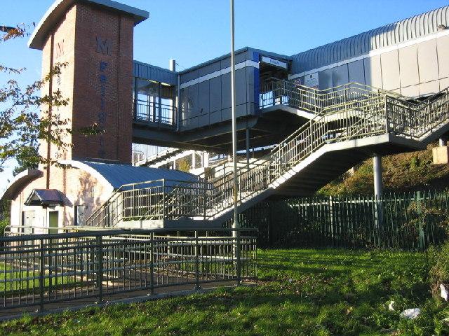 Fellgate Metro Station