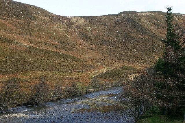 Sma Glen rising to Dun Mor