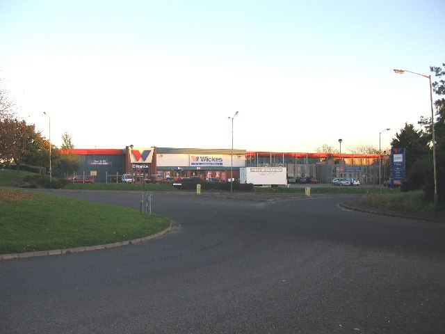 Canal Road roundabout and DIY store, Trowbridge
