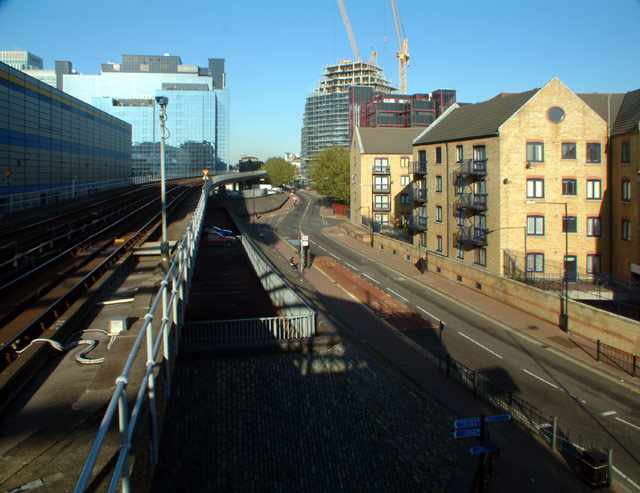 Limeharbour E14 and the Docklands Light Railway