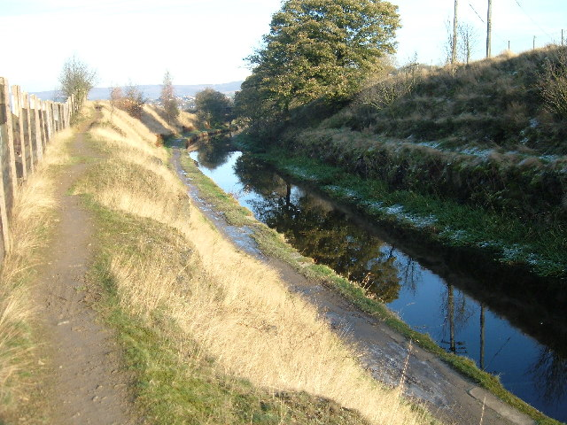 Rochdale Canal  SW of Smithy Bridge