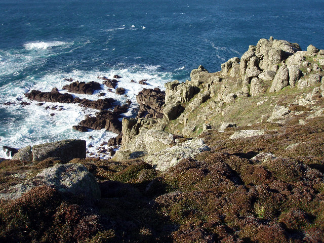 Rocks below Carn Barra
