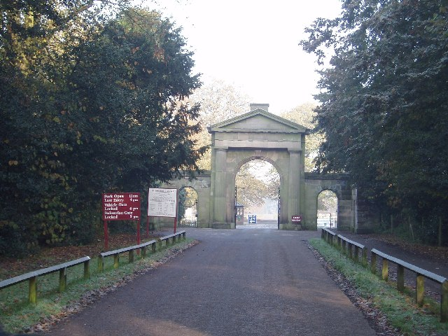 Knutsford Entrance to Tatton Park