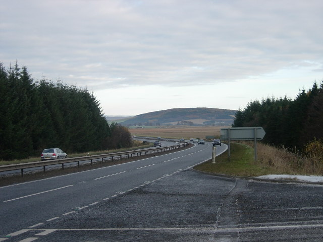 A 90(T) between Dundee and Forfar