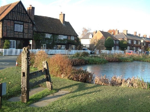 Aldbury - Stocks & Duckpond