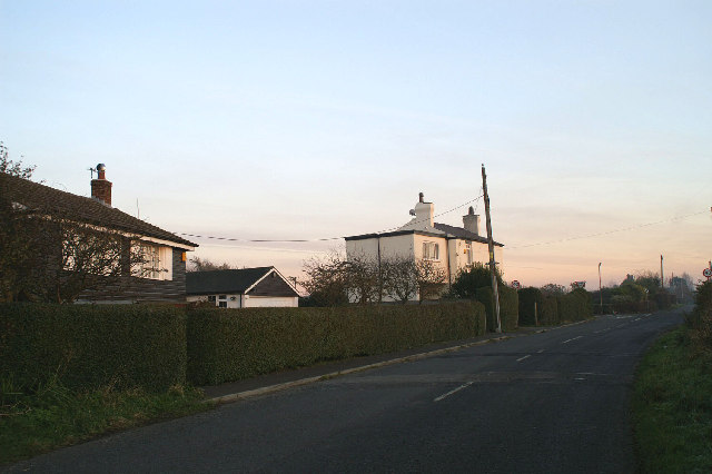 Cottages at the end of Plex Moss Lane