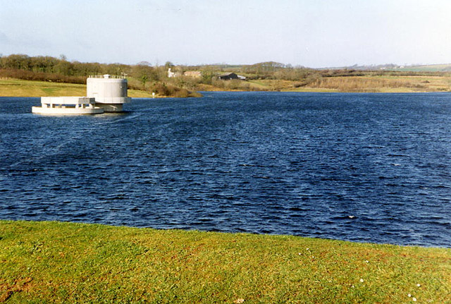 Broadwoodwidger: Roadford Reservoir