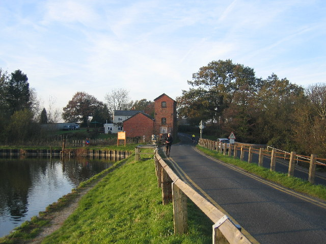 Earlswood Lakes - Engine House