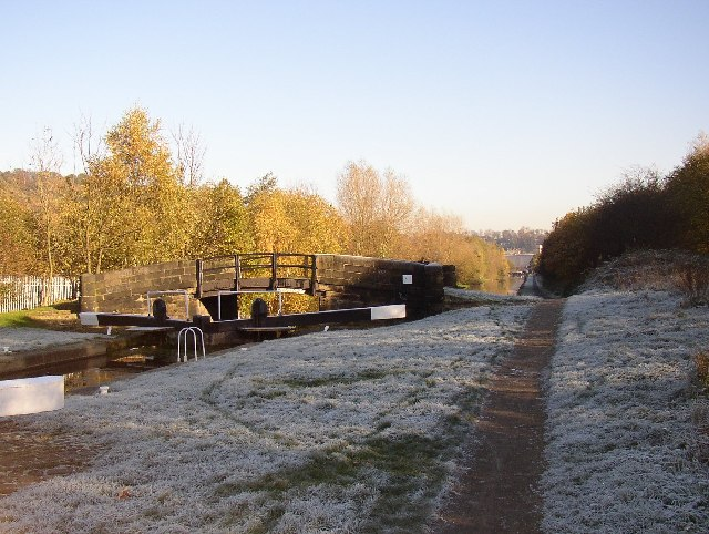 Cromwell Lock and bridge, Southowram