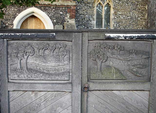 Gates of St Mary the Virgin, Upchurch