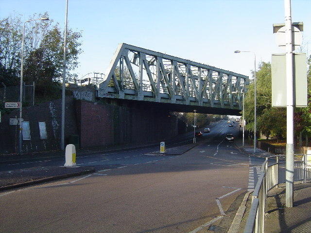 Metropolitan Line railway bridge, Northwood