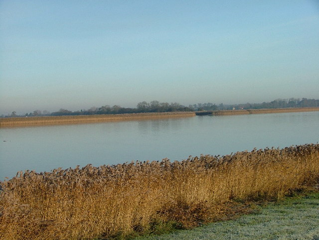 Across the Ouse towards Yokefleet.