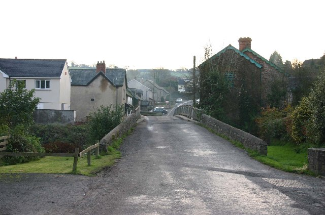 Bridge at the eastern end of North Molton
