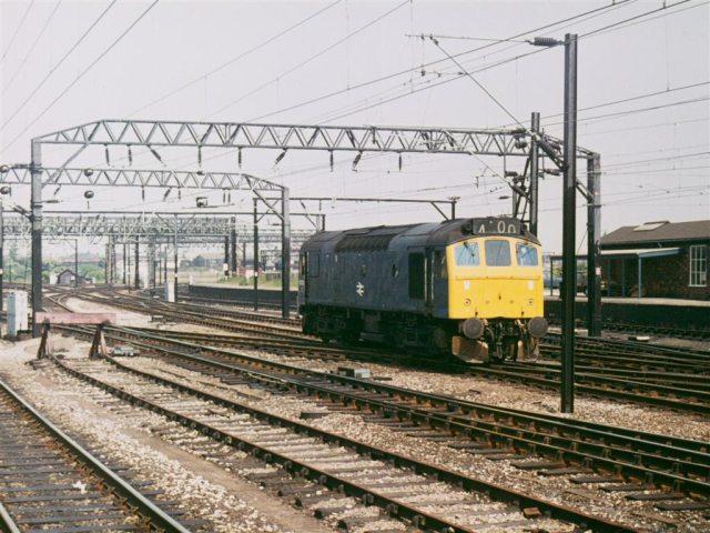 Class 25 loco, North end of Crewe Station