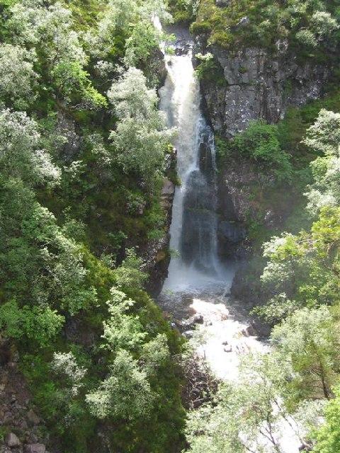 Waterfall, Allt Coire Roill, below Beinn Damh