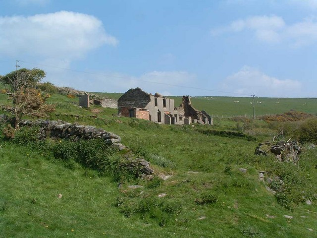 Ruined farmhouse on Saunton Down