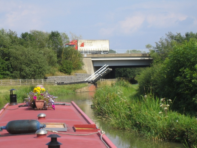 Coles Lift Bridge & M40