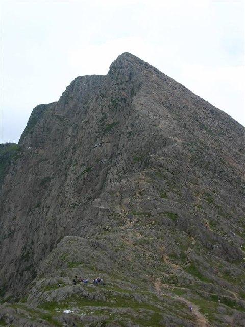 Y Lliwedd, 2,947 feet (898m)