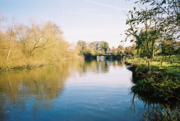 River Thames - Frogmill