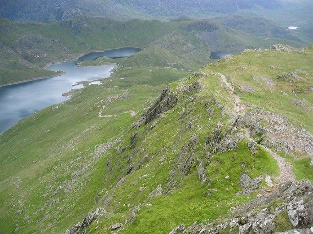 Descent from Y Lliwedd to Llyn Llydaw