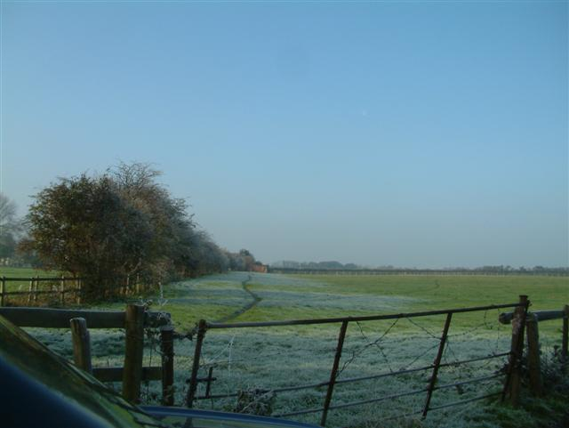 Footpath to Cottesmore Farm