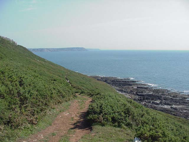 Path descending Oxwich Point (looking SE)